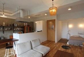眺望も部屋の空間に、開放感のあるシンプルワンルーム